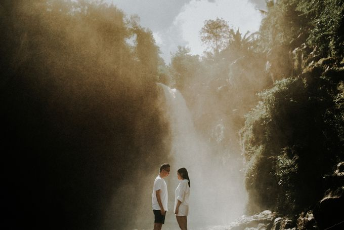 The Prewedding of Dennis & Cika by Kimi and Smith Pictures - 007