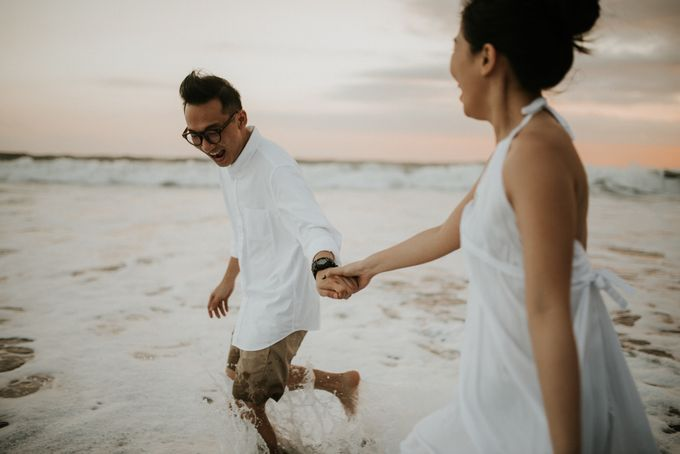 The Prewedding of Dennis & Cika by Kimi and Smith Pictures - 019