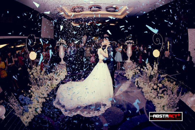 Wedding event of Reynold & Claudy by Holiday Inn Bandung Pasteur - 004