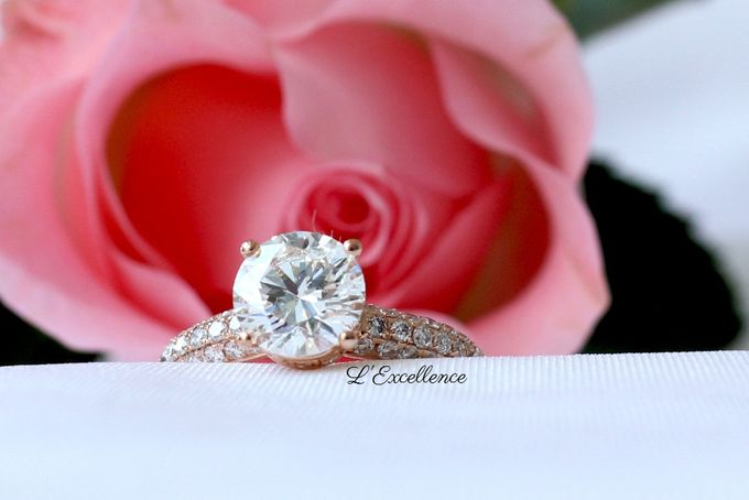 Engagement & Wedding Anniversary Rings by L'Excellence Diamond - 001