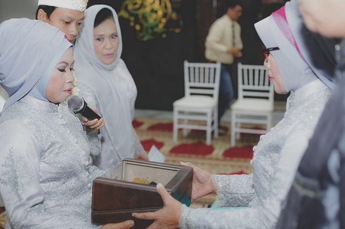 Darashena & Sigit Wedding by Alterlight Photography - 006