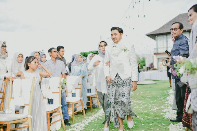 Ayu Hastari & Ryoichi Hutomo Wedding Day by Thepotomoto Photography - 013