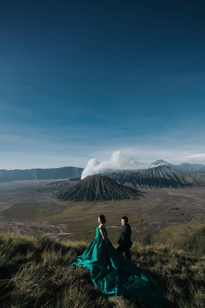 The Prewedding of Edward and Tressy - Bromo by Lighthouse Photography - 005