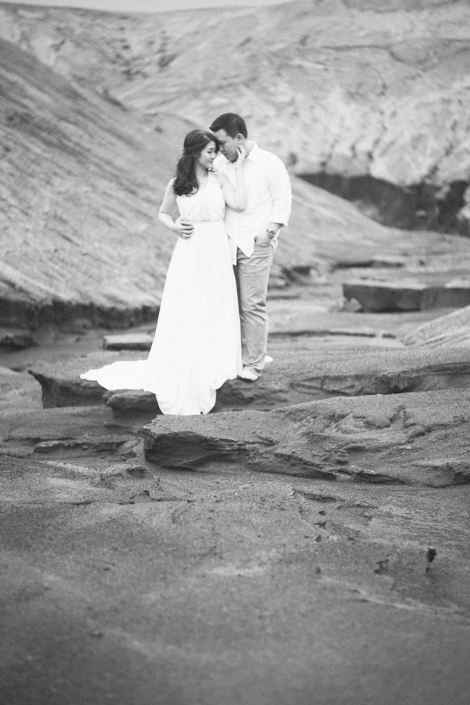 The Prewedding of Edward and Tressy - Bromo by Lighthouse Photography - 018