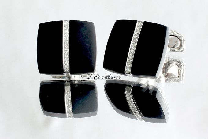 Must-Have Cufflinks & Chevalieres for the Groom by L'Excellence Diamond - 002