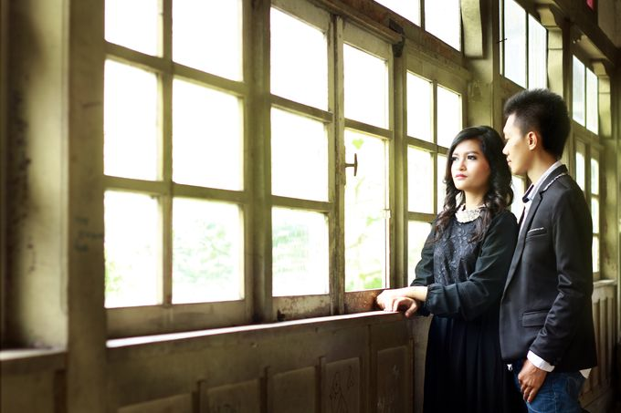 Prewedding Photoshoot by Coklat Photo Surabaya - 016
