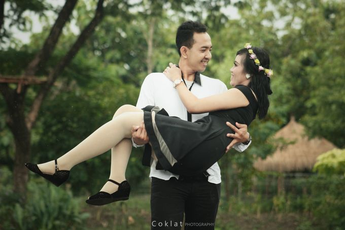 Prewedding Photoshoot by Coklat Photo Surabaya - 006