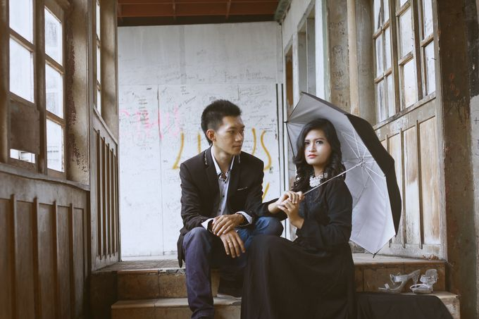 Prewedding Photoshoot by Coklat Photo Surabaya - 019