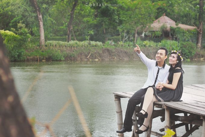 Prewedding Photoshoot by Coklat Photo Surabaya - 009