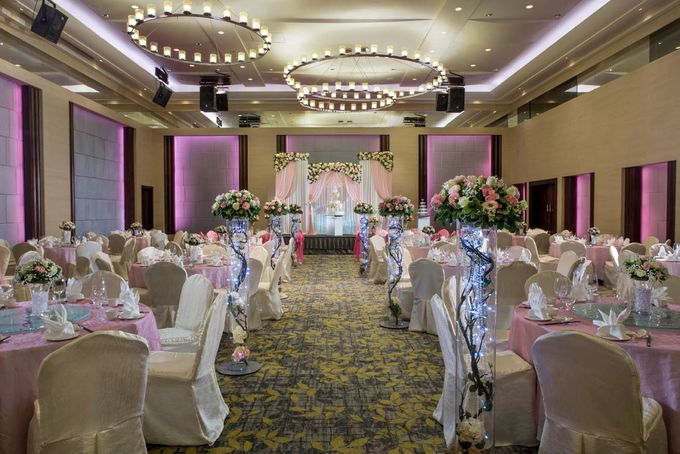 Empress Ballroom Wedding by Carlton Hotel Singapore - 001