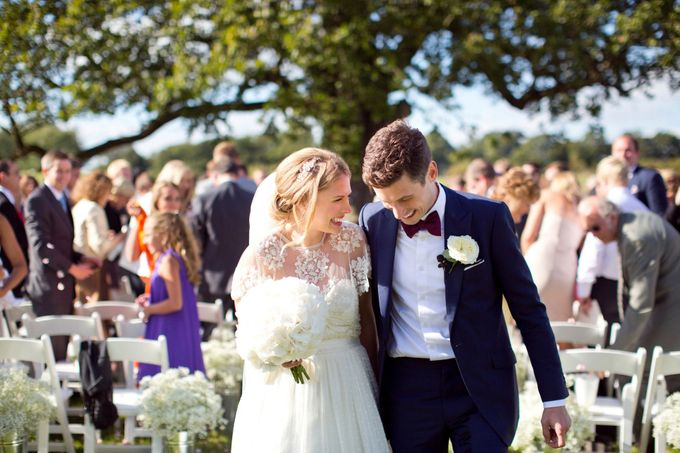 An outdoor English humanist wedding by Caught the Light - 008