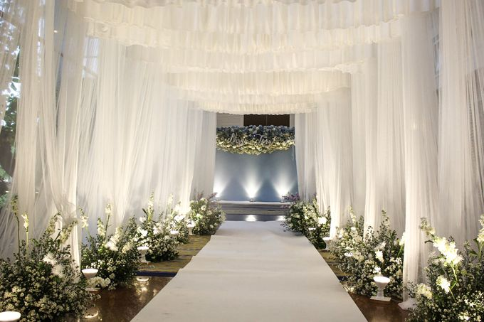 Modern Rustic Wedding Entrance Decoration by SO PRODUCTION THAILAND (EVENT & WEDDING) - 001