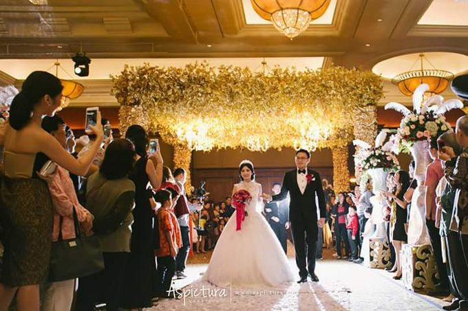 Wedding of Bagus & Caroline by de_Puzzle Event Management - 017