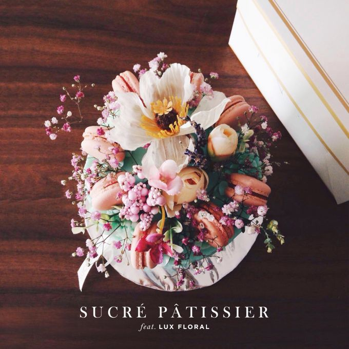 FLORAL CAKE featuring Lux Floral by Sucré Pâtissier and Chocolatier - 001
