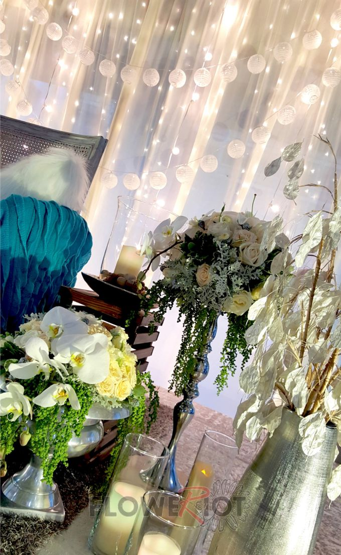 Lightings & Colours by FlowerRiot Events SG - 012