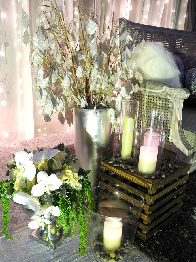 Lightings & Colours by FlowerRiot Events SG - 013