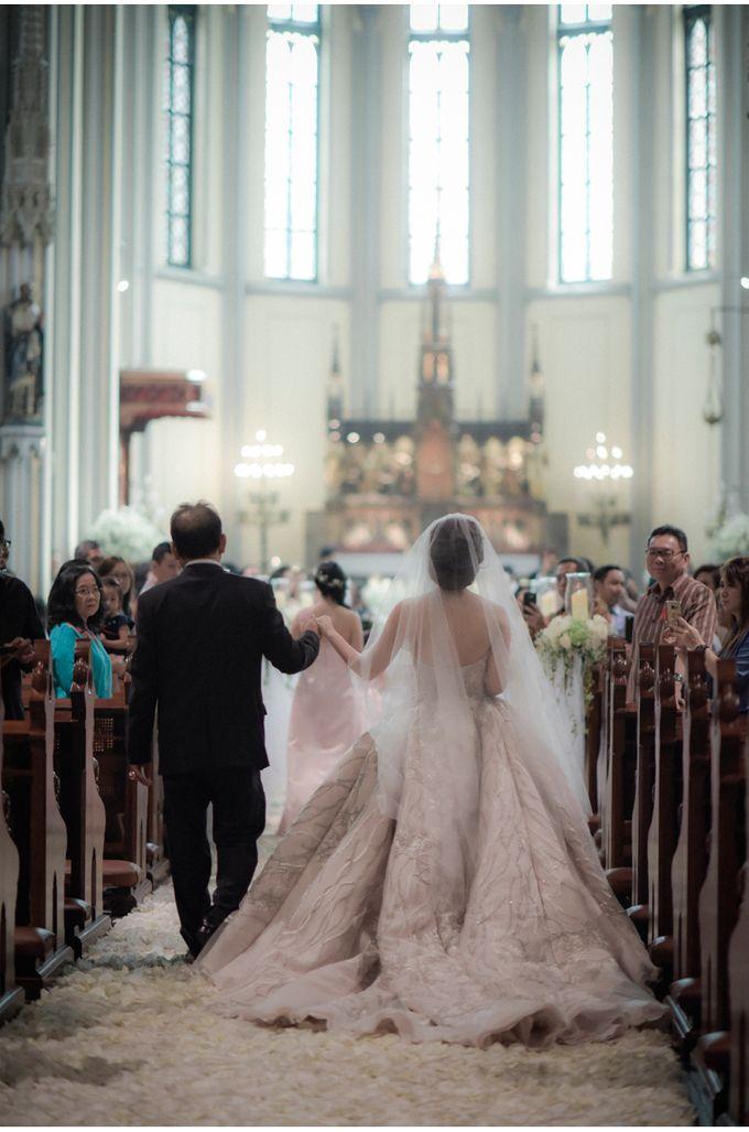 Felix & Silvi Wedding by Reynard Karman Photography - 022