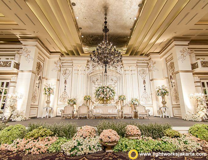 Wedding at Kempinski Grand Ballroom - Hotel Indonesia Kempinski Jakarta by Hotel Indonesia Kempinski Jakarta - 025