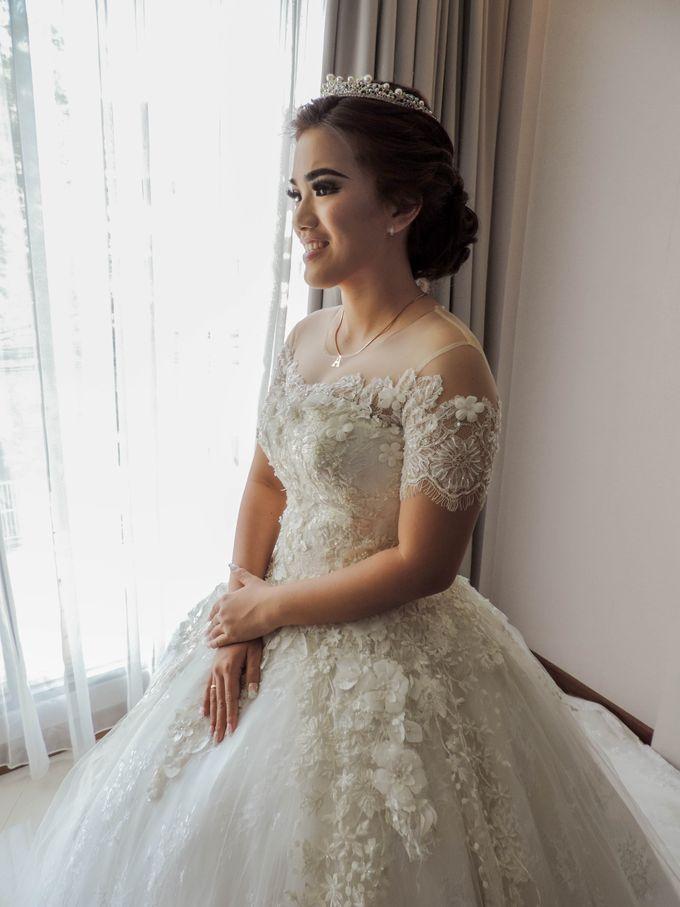 WEDDING WILLY & ALVIONITA by Stephanie Amanda Couture - 009
