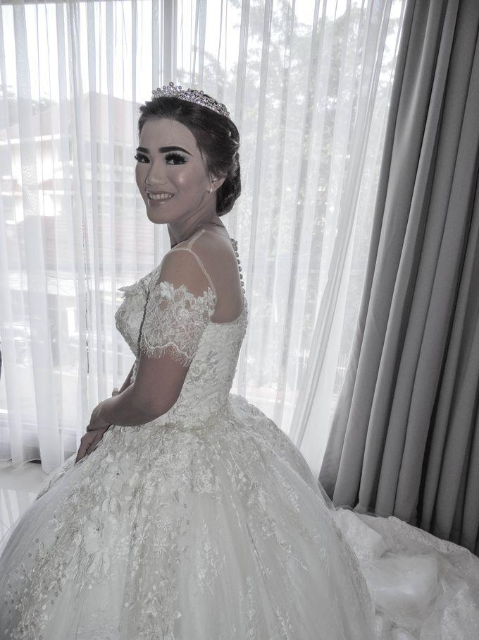 WEDDING WILLY & ALVIONITA by Stephanie Amanda Couture - 002