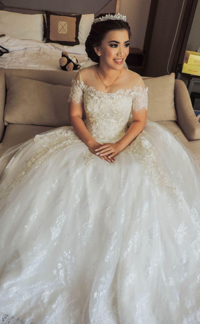 WEDDING WILLY & ALVIONITA by Stephanie Amanda Couture - 004