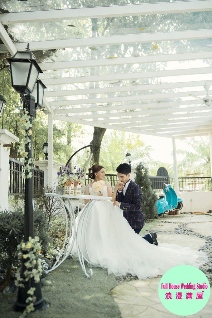 Pre-Wedding   Christopher & Trista by Full House Wedding Studio - 013