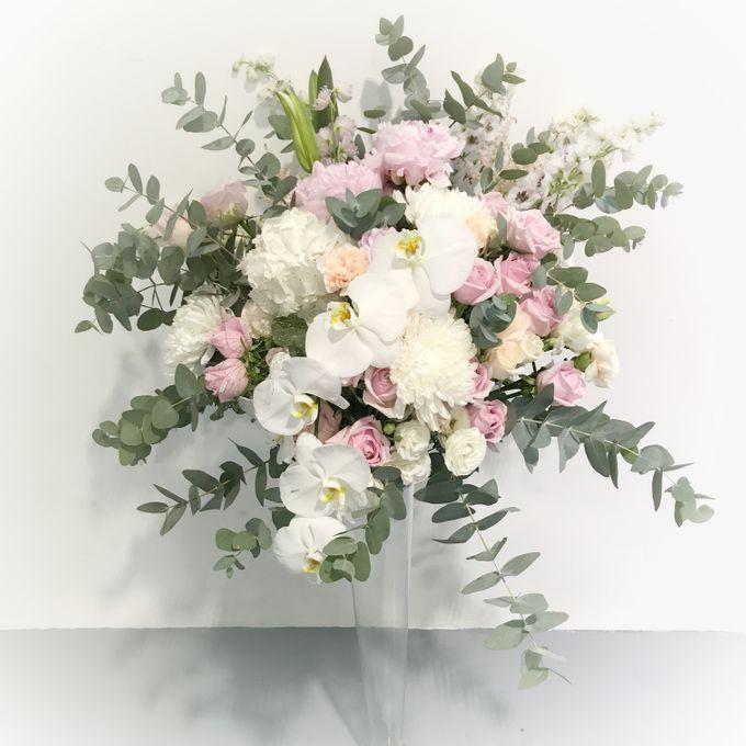 Solemnization / Reception Table / Wedding Venue Decoration by Petite Fleur SG - 031
