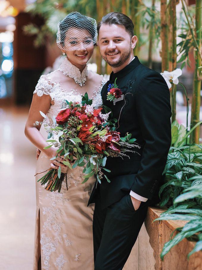 Bridal Bouquets by Ever & Blue Floral Design - 018