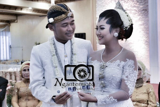 Mr Ilmar & Mrs Evita Wedding by Ngantermoto Photography - 001