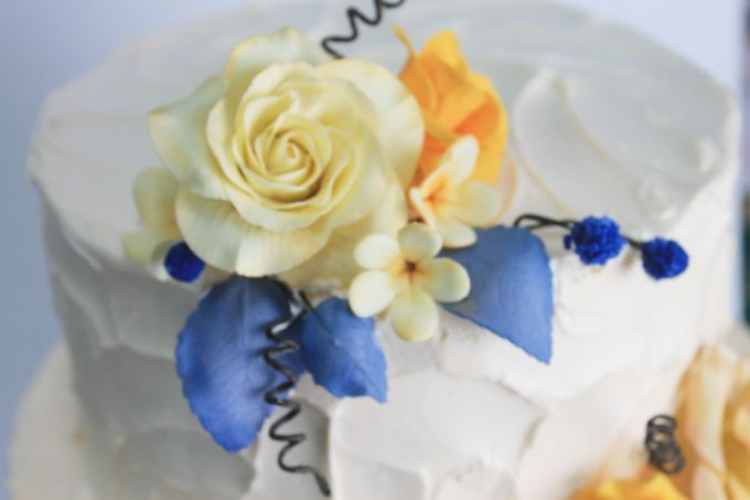 Sugar Floral with Buttercream by Carousel Moments - 004
