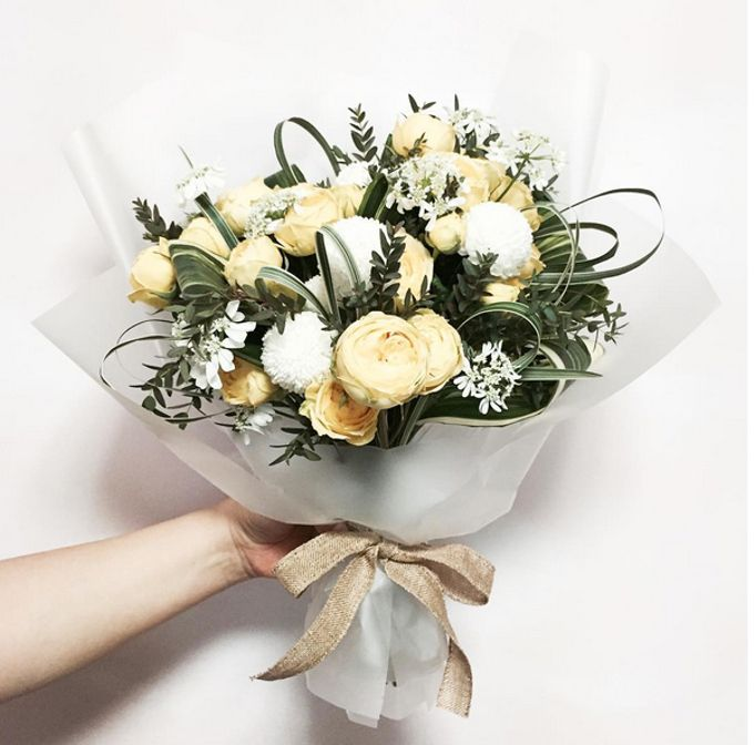 Fresh Flower Bouquet by La Belle Vie flower - 002