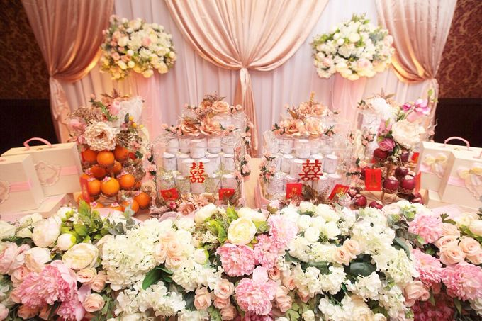 the Engagement Day by Rossely's Florist - 002