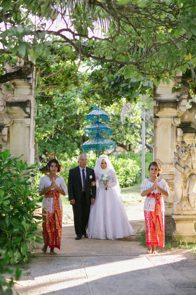 WEDDING OF EMYLIA & AHMED by Courtyard by Marriott Bali Nusa Dua - 023