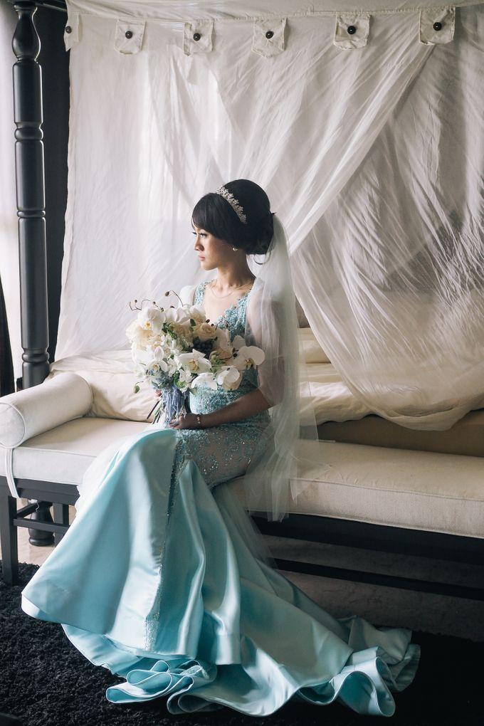 Wedding Bold & Beautiful - Stanley & Onyzza at Sky Ayana Resort Bali by Anaz Khairunnaz - 008