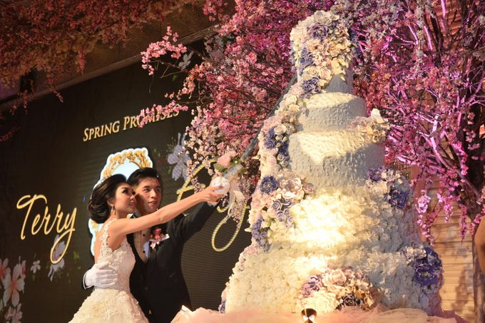 WEDDING OF TERRY & ELYIN by Angie's Cake - 001
