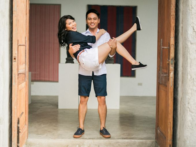 Issa x Justin Pinto Art Gallery Engagement by GJ Esguerra Photography - 006