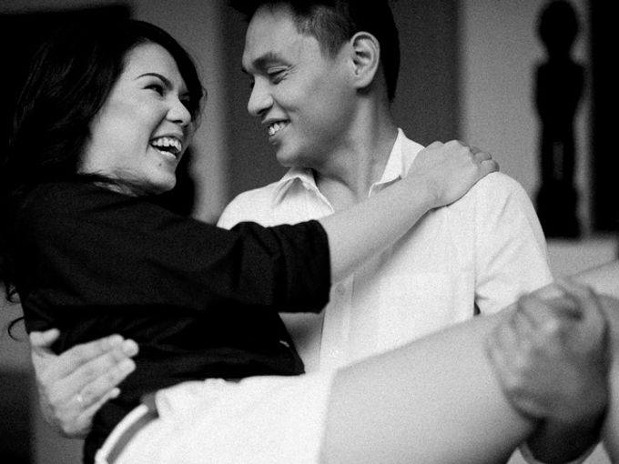 Issa x Justin Pinto Art Gallery Engagement by GJ Esguerra Photography - 007