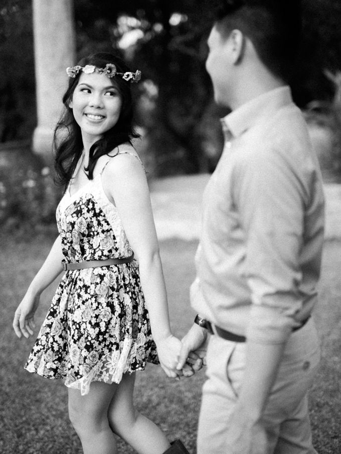 Issa x Justin Pinto Art Gallery Engagement by GJ Esguerra Photography - 017