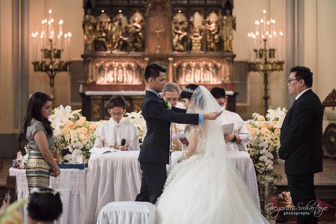 Wedding of Grady & Vina by Gregorius Suhartoyo Photography - 036