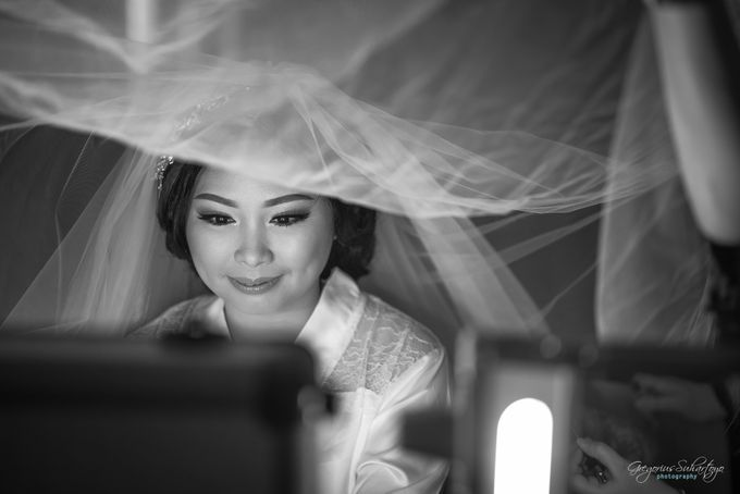 THE WEDDING OF HENDY AND RIEKE by JS Wedding Planner Organizer and Entertainment - 014