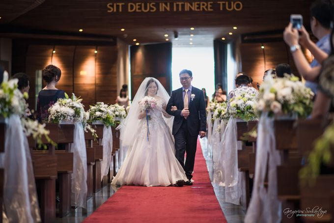 THE WEDDING OF HENDY AND RIEKE by JS Wedding Planner Organizer and Entertainment - 018