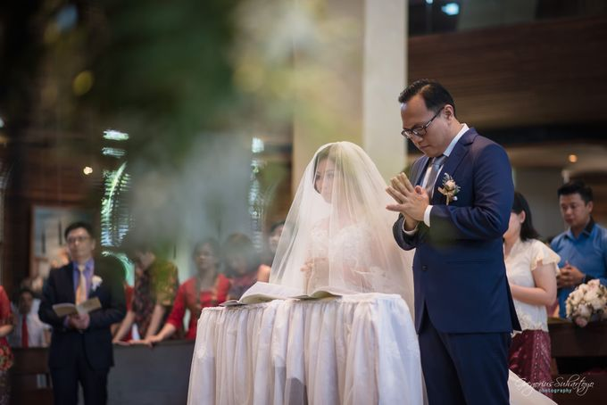 THE WEDDING OF HENDY AND RIEKE by JS Wedding Planner Organizer and Entertainment - 021