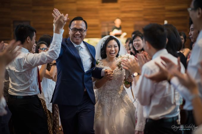 THE WEDDING OF HENDY AND RIEKE by JS Wedding Planner Organizer and Entertainment - 035