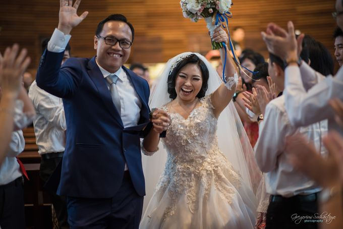 THE WEDDING OF HENDY AND RIEKE by JS Wedding Planner Organizer and Entertainment - 036