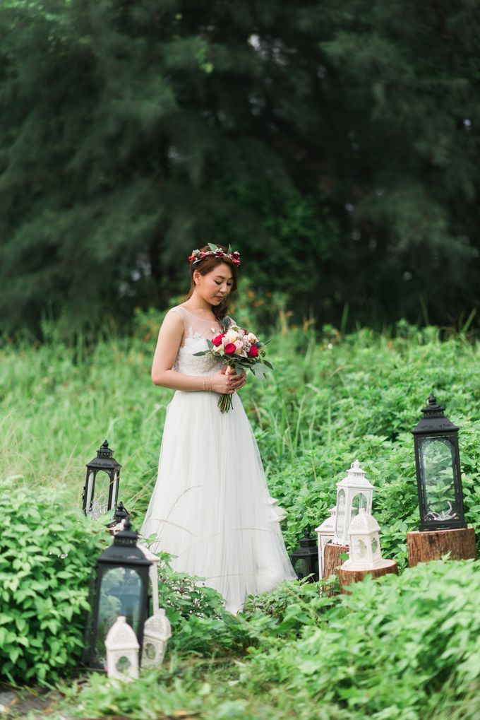 Enchanted Fairytale - Prewed Styled Shoot by Amperian - 006