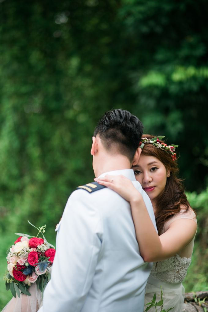 Enchanted Fairytale - Prewed Styled Shoot by Amperian - 012
