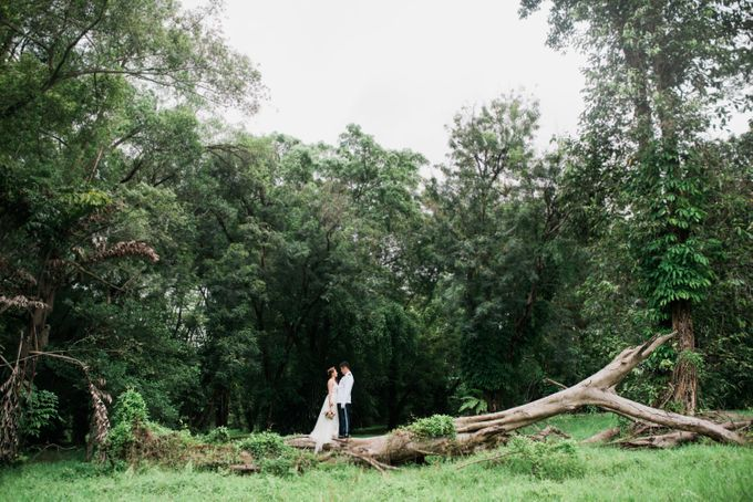 Enchanted Fairytale - Prewed Styled Shoot by Amperian - 014