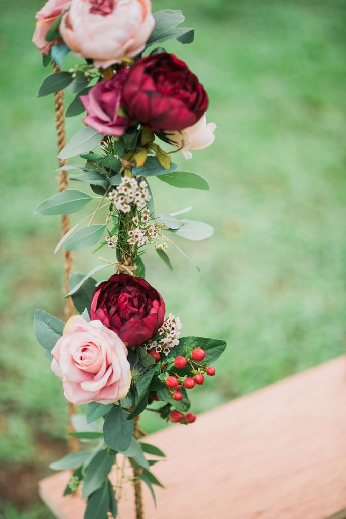 Enchanted Fairytale - Prewed Styled Shoot by Amperian - 019