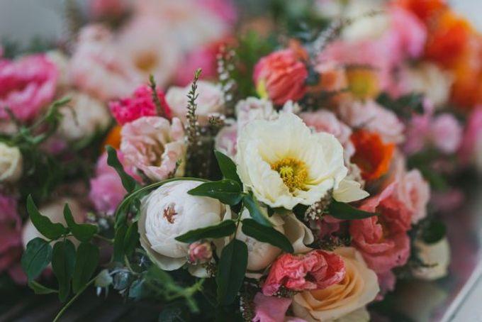 Beach wedding by Wild Blossom Flowers - 003