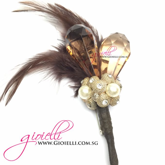 Gioielli Boutonnieres and Corsages by Gioielli Bridal Accessories & Crystal Bouquets - 004